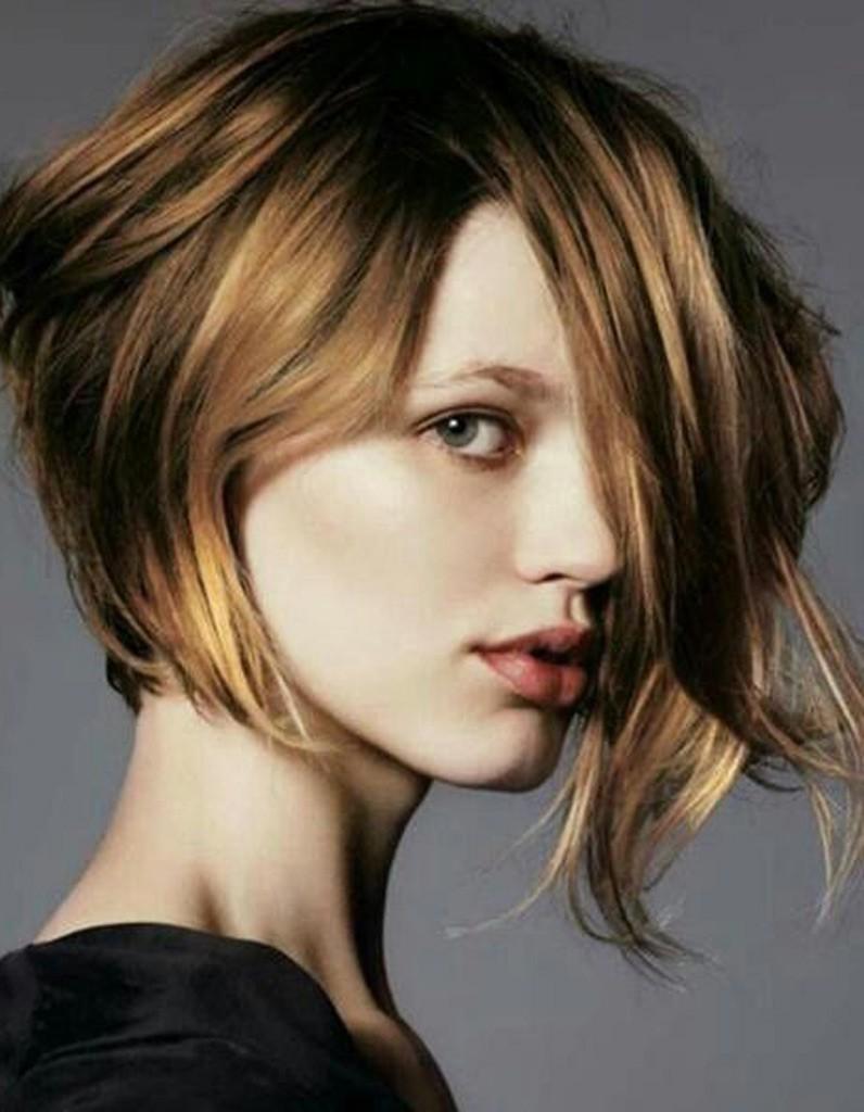 Le carré plongeant dégradé : pourquoi choisir ce type de coiffure de cheveux